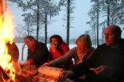 Öppen eld och god mat. Följ med samiska renskötare i deras dagliga arbete